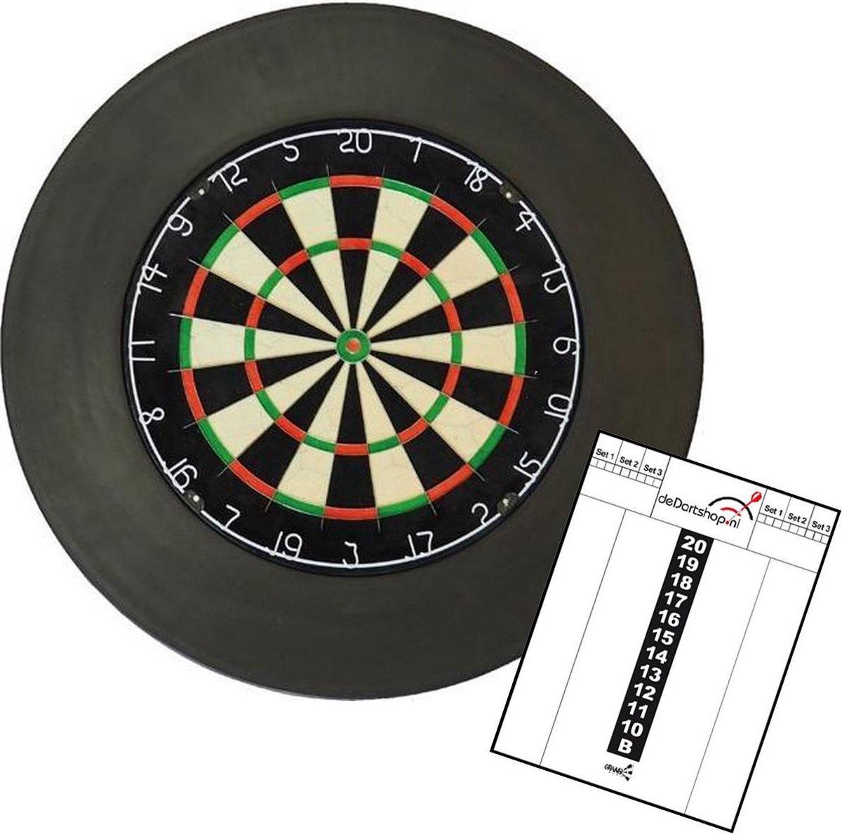 A-merk dartbord met zwarte surround en scorebord