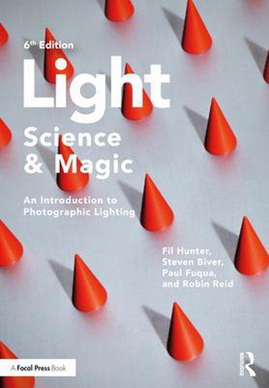 Boek cover Light - Science & Magic van Fil Hunter (Paperback)