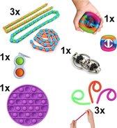 Fidget Toys Pakket - Set met 10 verschillende Fidget Toys: Wacky Tracks, Simple Dimple, Pop It Fidget, Flippy Chain, Monkey Noodles, Snapperz Rainbow