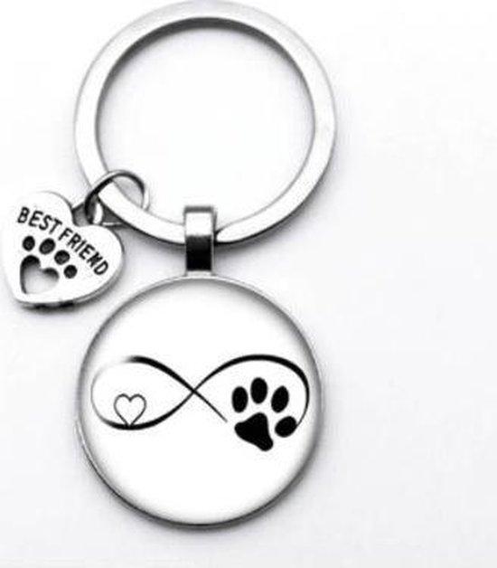 Akyol® Katten pootjes Sleutelhanger | Katten | Kattenliefhebber | Leuke kado voor iemand die van katten houd | 2,5 x 2,5 CM