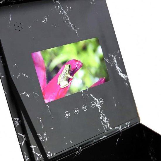 Unieke flowerbox met een video naar keuze inclusief longlife rozen - Cadeau voor Vaderdag, Verjaardag, Jubileum, Trouwfeest, Valentijn