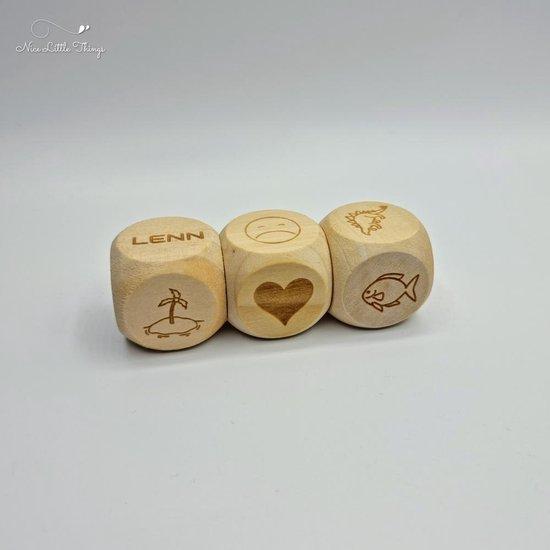Thumbnail van een extra afbeelding van het spel [Nice Little Things] Story Cubes set met naam