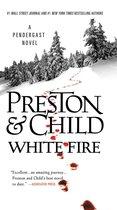 Boek cover White Fire van Lincoln Child