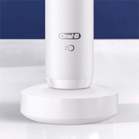 Oral-B iO - 7n - Elektrische Tandenborstel - Wit