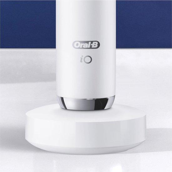 Oral-B iO - 9n - Elektrische Tandenborstel Wit Powered By Braun