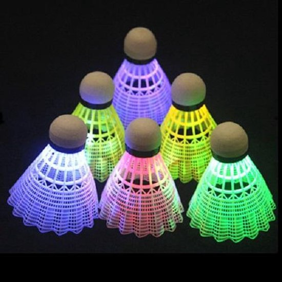 Led Shuttle badminton| lichtgevende badminton shuttles| verschillende kleuren| in het donker badmintonnen| Nacht| led lampjes| Geel rood blauw| camping| buiten spelen