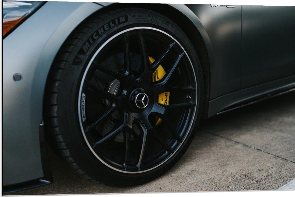 Dibond - Autowiel van Luxe Auto - 90x60cm Foto op Aluminium (Met Ophangsysteem)