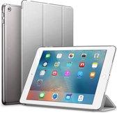 Glitter Case voor iPad 9.7 5/6/ Air1/Air2 2017/2018 Flip Cover – Modern Tablet Hoesje - Zilver