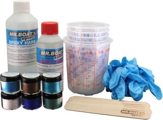 Afbeelding van Mr.Boat Epoxy Resin Art Earth / Aarde pakket - 750 gram epoxy - 6 x 4 gram metallic kleurstoffen / pigmentpoeder - 1 x mengbeker groot - 6 x mengbeker klein - 5 paar nitryl handschoenen - 10 x tongspatels speelgoed