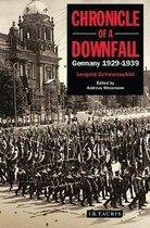Boek cover Chronicle of a Downfall van Leopold Schwarzschild
