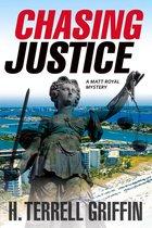 Omslag Chasing Justice