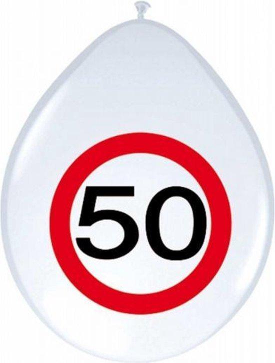 24x stuks Ballonnen 50 jaar verkeersbord versiering