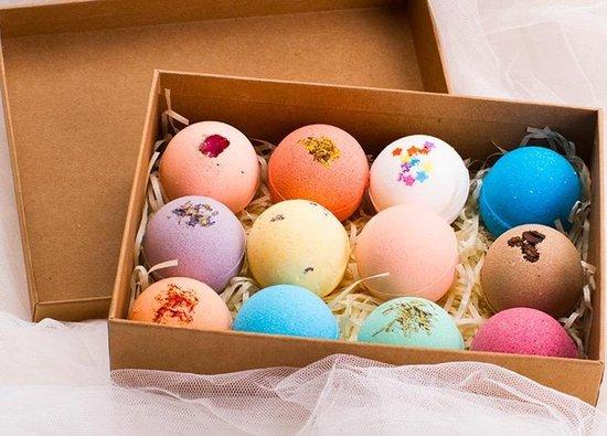 SensaHome 100% Natuurlijke Bruisballen voor in Bad - 12 Etherische Aroma Badbommen - Handmade Bath Bombs - Giftset