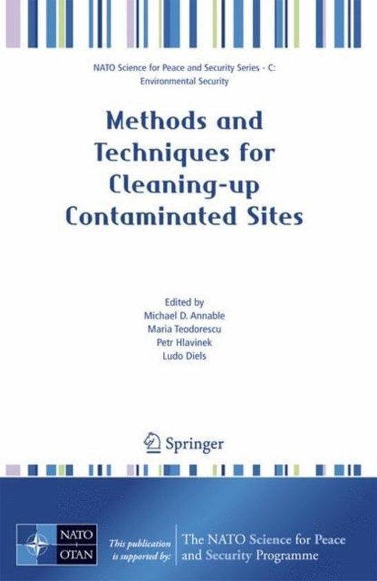 Boek cover Methods and Techniques for Cleaning-up Contaminated Sites van Francine Oomen (Hardcover)