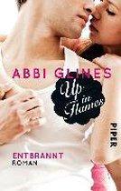 Boek cover Up in Flames - Entbrannt van Abbi Glines