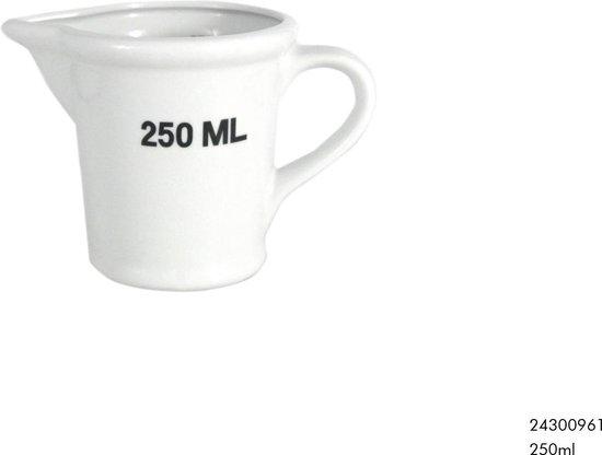 Maatbeker 250ml wit