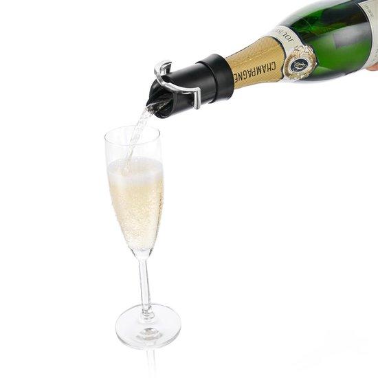 VacuVin Champagne saver