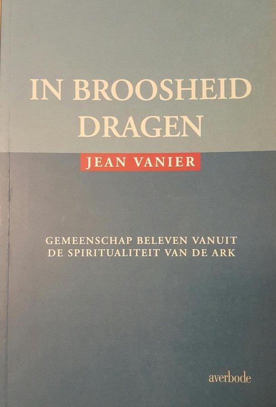 IN BROOSHEID DRAGEN - Jean Woolston-Hamey |