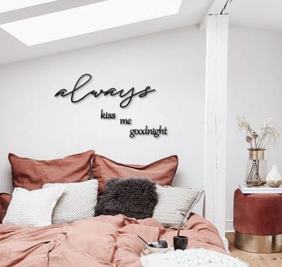 """""""Always Kiss Me Goodnight"""" Muurteksten & Citaten  Metal Wall Quotes by  Hoagard  15 delige Slaapkamer Interior  Bedroom Wall Decor"""