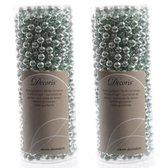 Kerstslingers kralen mintgroen 10 meter 2 stuks - Guirlande kralenslingers - Mintgroene kerstboom versieringen