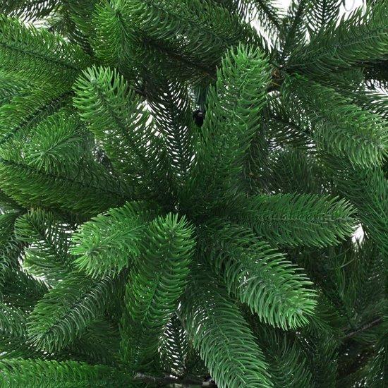 vidaXL Kunstkerstboom met levensechte naalden 210 cm groen