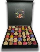 ChocolaDNA handgemaakte Chocolade bonbons truffels in luxe cadeauverpakking - 49 stuks - NU Tijdelijk met gratis extra doosje van 4 stuks