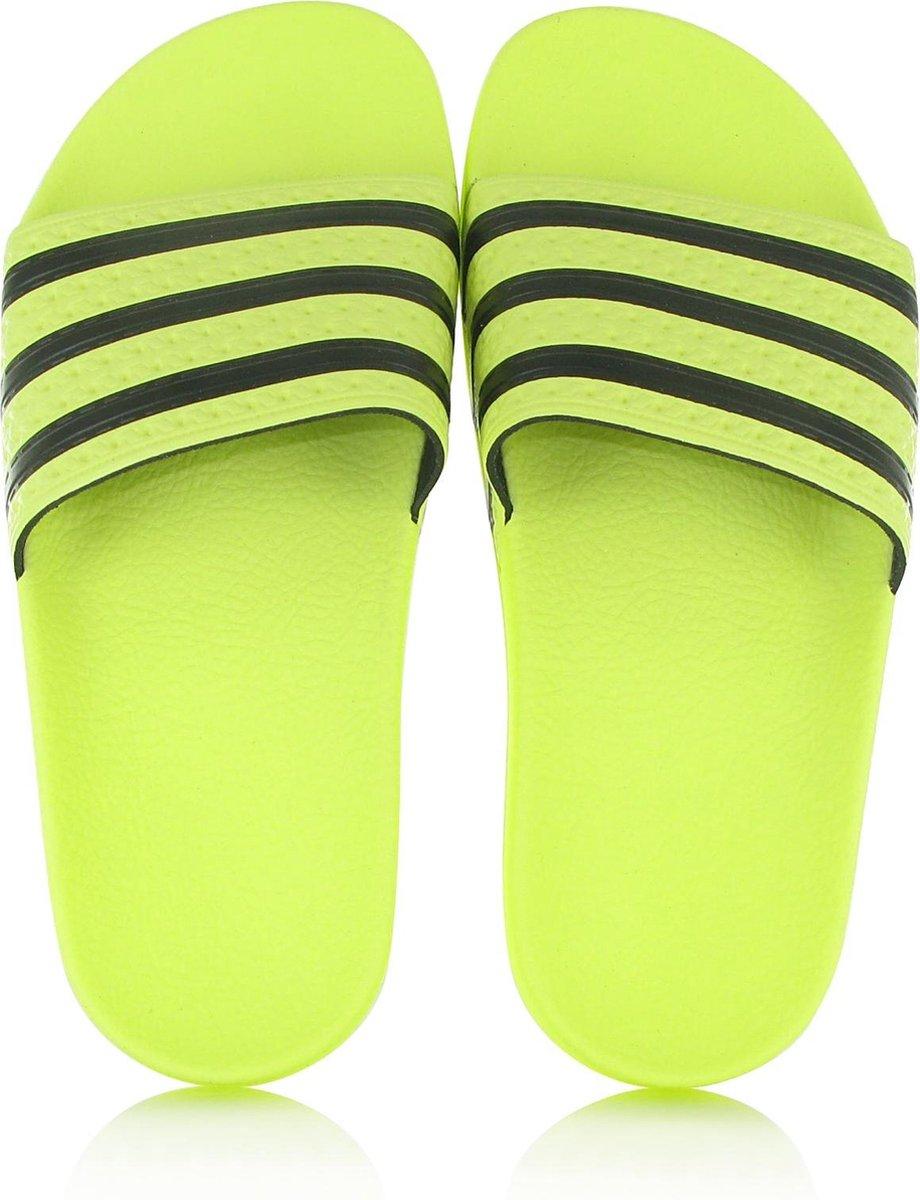 bol.com | Adidas ADILETTE W Geel - 39