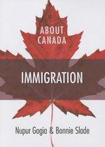 Boek cover About Canada van Nupur Gogia