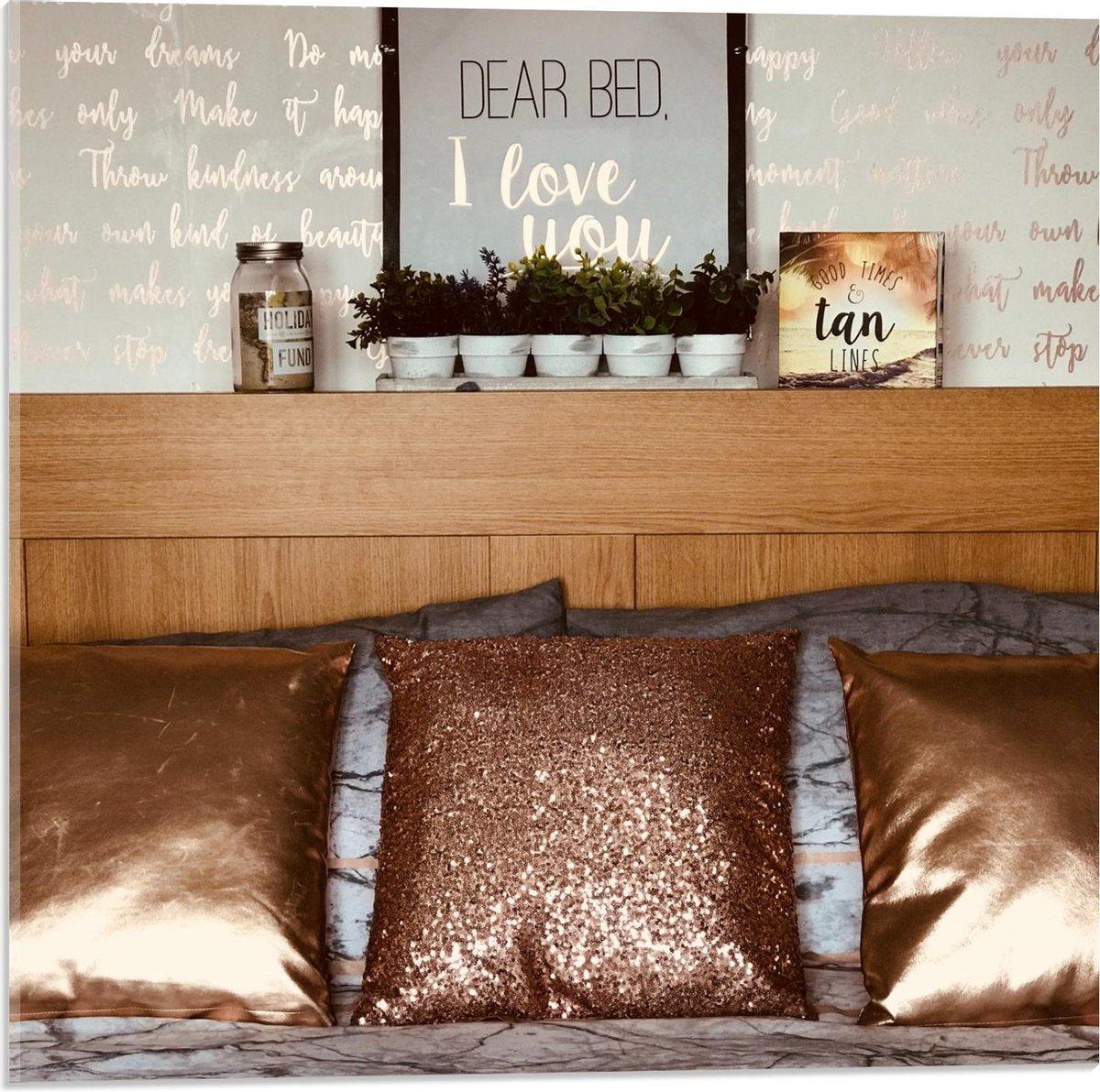 Plexiglas - Opgemaakt Bed - 50x50cm Foto op Plexiglas (Met Ophangsysteem)