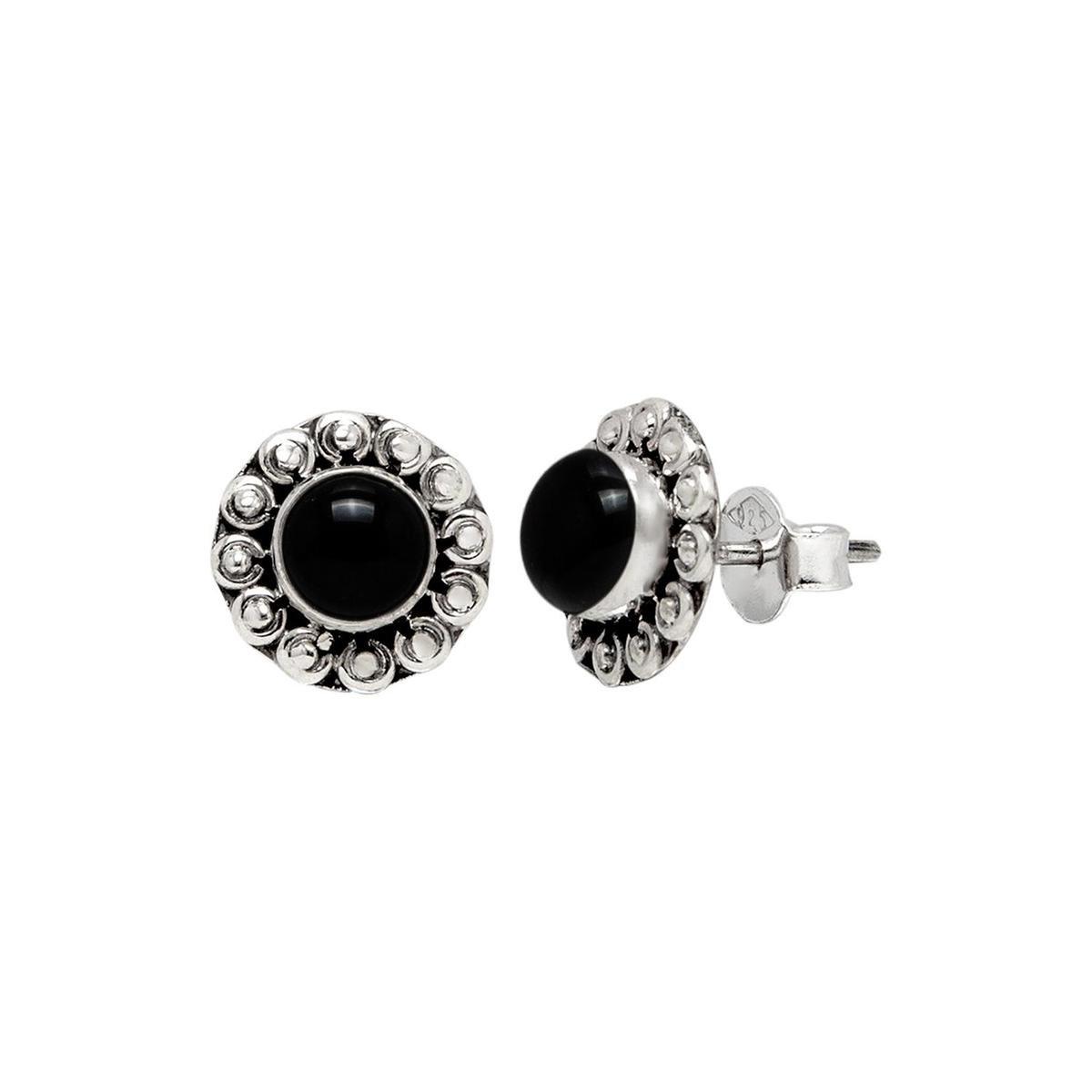 Oorbellen | Oorstekers | Zilveren oorstekers, India, bloem met hart van natuursteen