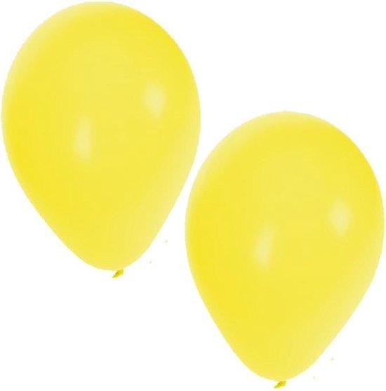 50x stuks gele party verjaardag ballonnen - 27 cm - ballon geel voor helium of lucht - Feestartikelen/versiering
