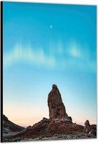 Dibond –Steen met Blauwe Lucht– 60x90cm Foto op Aluminium (Met Ophangsysteem)