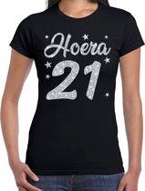 Hoera 21 jaar verjaardag / jubileum cadeau t-shirt - zilver glitter op zwart - dames - cadeau shirt XL