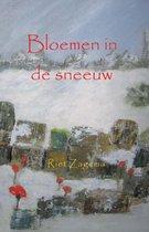 Bloemen in de sneeuw