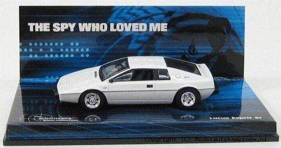 Lotus Esprit James Bond Movie The Spy who loved me