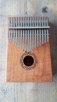 Houten Kalimba met 17 tonen - Afrikaans muziekinstrument voor jong en oud - DuimPiano