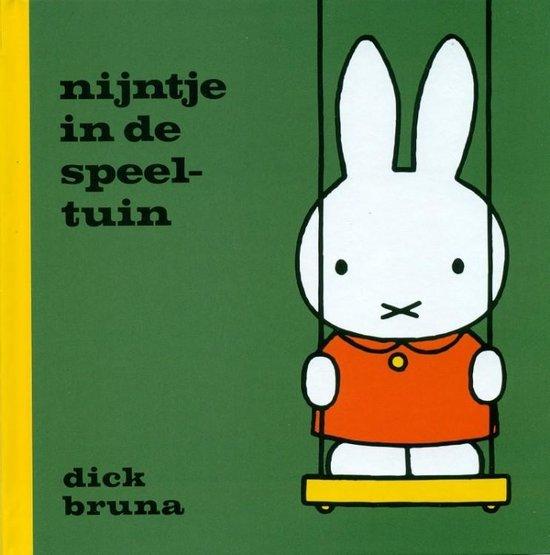 Boek cover nijntje in de speeltuin van Dick Bruna (Hardcover)