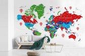 Fotobehang vinyl - Kleurrijke wereldkaart op een witte achtergrond breedte 390 cm x hoogte 260 cm - Foto print op behang (in 7 formaten beschikbaar)