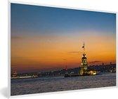Foto in lijst - Adembenemende zonsondergang boven Istanbul fotolijst wit 60x40 cm - Poster in lijst (Wanddecoratie woonkamer / slaapkamer)