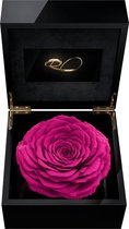 ROSES BY ROSES® - Luxe Video Flowerbox met HD scherm en 1 Longlife XXL Roos Fuchsia - ''Een Persoonlijke Videoboodschap Uploaden'' voor Valentijnsdag, een Bruiloft, een Verjaardag, een Jubileum,  moederdag of vaderdag. Een uniek cadeau!