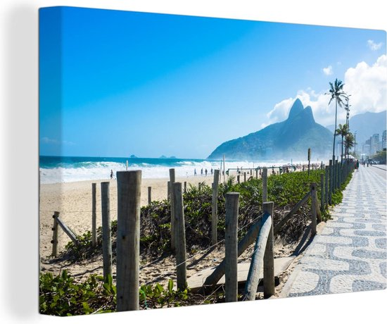 Zicht op het strand van Ipanema in Zuid-Amerika tijdens een zonnige dag Canvas 60x40 cm - Foto print op Canvas schilderij (Wanddecoratie woonkamer / slaapkamer)
