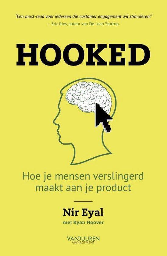 Boek cover Hooked van Nir Eyal (Paperback)