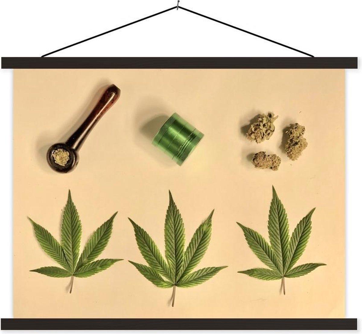 Stilleven van medische cannabis textielposter latten zwart 40x30 cm - klein - Foto print op schoolplaat (wanddecoratie woonkamer/slaapkamer)
