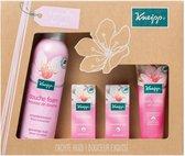 Kneipp Genieten Premium Amandel Foam Huidverzorging geschenkset - 315 ml - Vrouwen