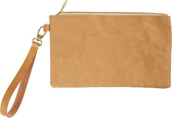 Faux Leather Clutch. lichtbruin. H: 18 cm. L: 21 cm. 350 gr. 1 stuk