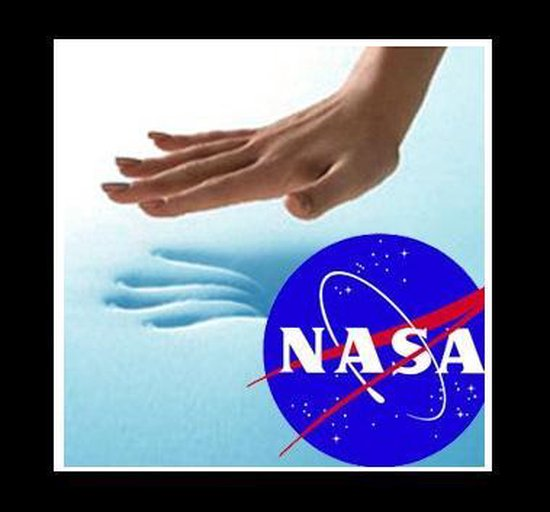 Topdekmatras 140x200 NASA Traagschuim Topper 6cm dik - Merkloos