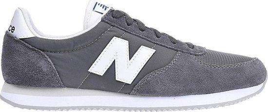 bol.com | New Balance Sneakers U 220 Gy Heren Grijs Maat 42.5