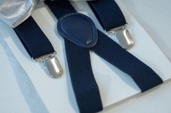 Dieux® - Bretels Navy blauw met extra stevige clip - Verstelbaar - Met grijs strikje - Heren/Dames - Dieux®