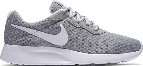 bol.com | Nike Tanjun dames sneakers - Maat 36