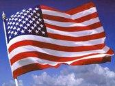 Amerikaanse Vlag - Verenigde Staten (VS) USA Amerika Flag - Stars And Stripes - 100% Polyester - UV & Weerbestendig - Met Versterkte Mastrand & Messing Ogen - 90 x 150 CM